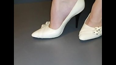 Lady L sexy white shoes.(video short version)