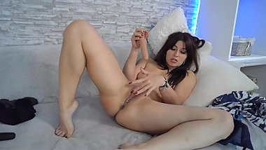 SEXY MILF RIDE ON DILDO