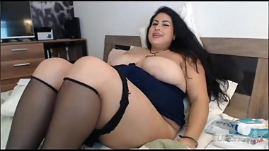 Bbw webcam performer Samantha E2 32 masturbating nude on cam